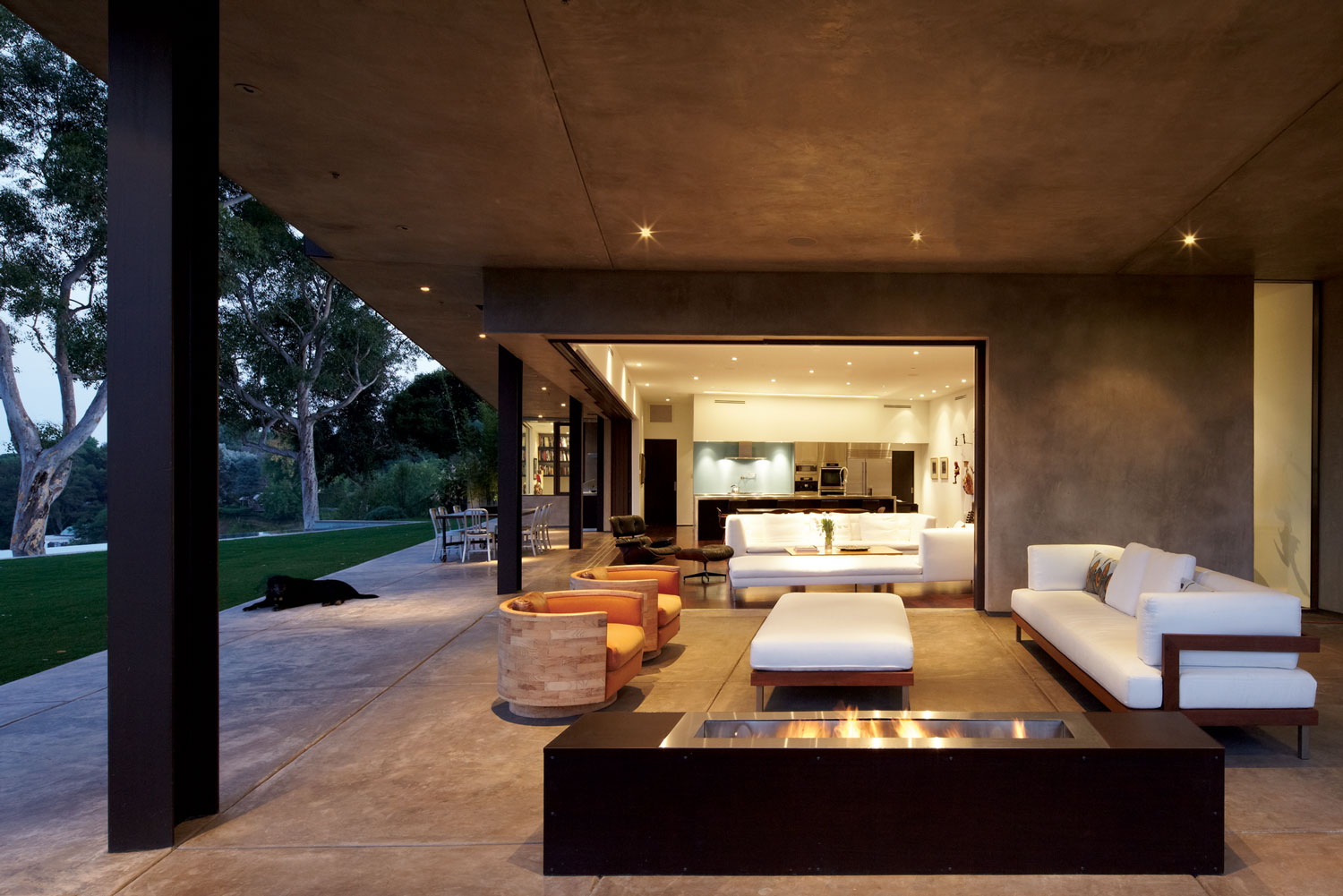 modern-rustic-house-furniture-design-with-brown-interior